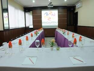 meeting room maumu hotel and lounge